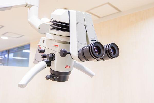 歯科用顕微鏡(マイクロスコープ)